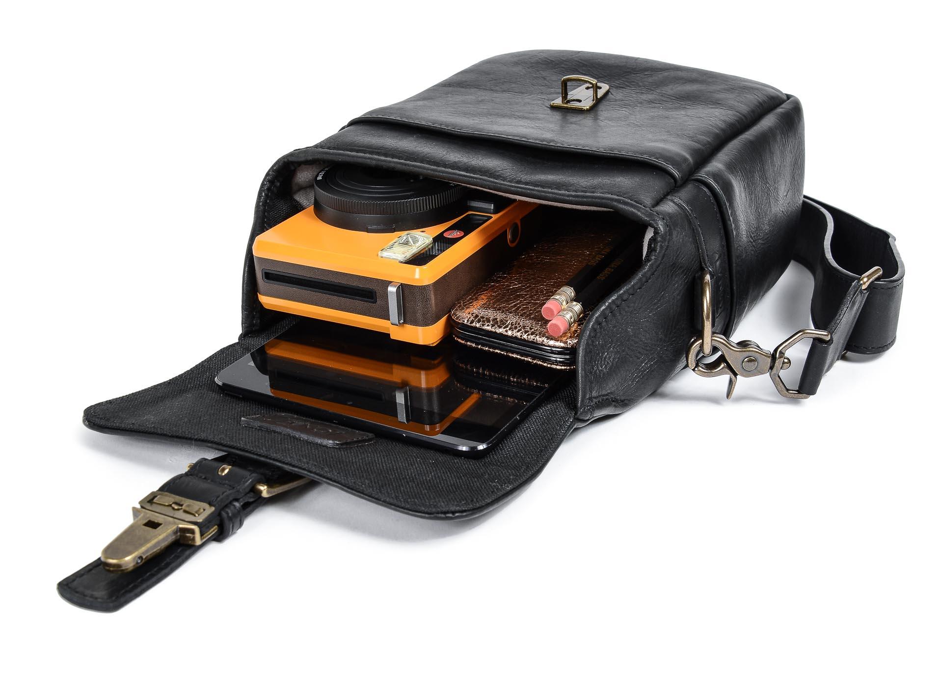 b810e0ac6d ONA Bag - Bond Street Black Leather - Graphicart Produkte und ...